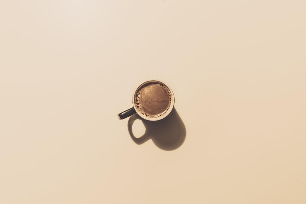 社交場のコーヒー